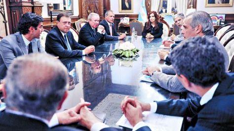 Presidenta-gobernadores-Casa-Rosada-AFP_CLAIMA20140916_0010_4