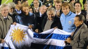 jose-mujica-diego-lugano-diego-forlan-story-top